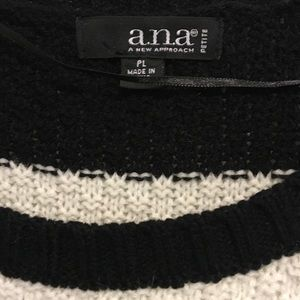 a.n.a Sweaters - Ana black and white sweater. Size PL